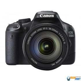 Зеркальный фотоаппарат Canon EOS 550D EF-S Kit 18-135 IS